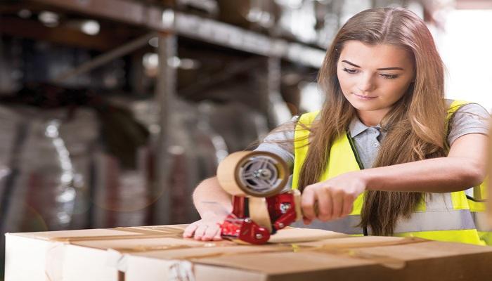 Работа в москве для девушек вахтой работа онлайн няндома